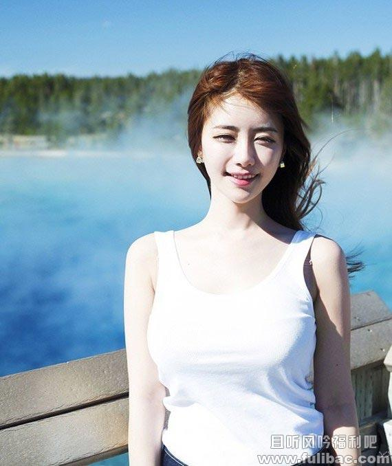 J罩杯的韩国美女主播韩申颖 纯天然的网红